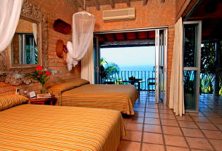Nice balcony with great view overlooking Banderas Bay and lush vegetation.